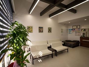 東浜循環器科・内科クリニックの待合室の写真
