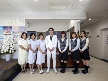 東浜循環器科・内科クリニックの受付の写真