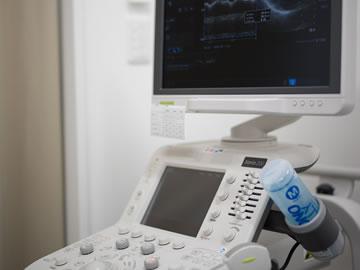 心臓カラードップラーエコー検査装置の写真